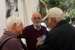 Ingrid und Peter Schönfelder mit Wolfredo Wildpret auf der Buchmesse Feria del Libro, Santa Cruz de Tenerife