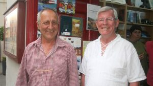 Antonio Mas und Klaus Matzdorff in der Buchhandlung Mundo del Mapa, Teneriffa