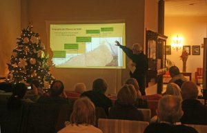 Reinhold Mengel explica qué camino cogió Humboldt al Teide